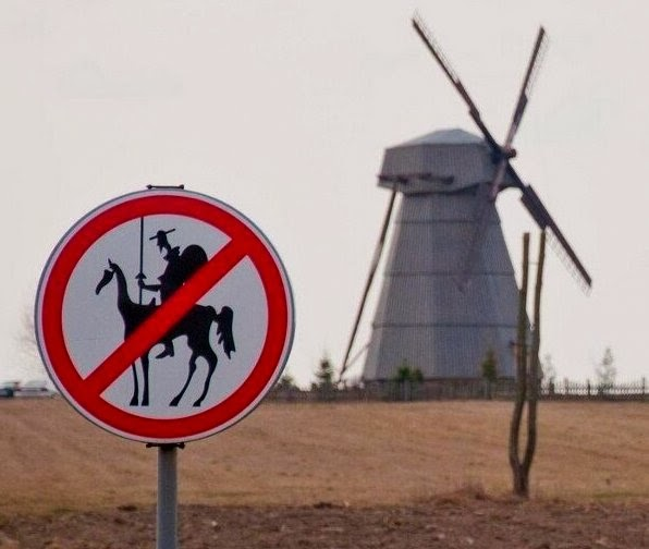 don-quixote-sancho-panza-not-allowed-here-signage-don-quixote-illustration-by-pablo-picasso-theflyingtortoise-001