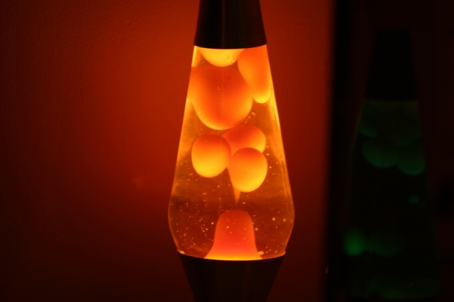 orange-lava-lamp_shutterstock_2230141